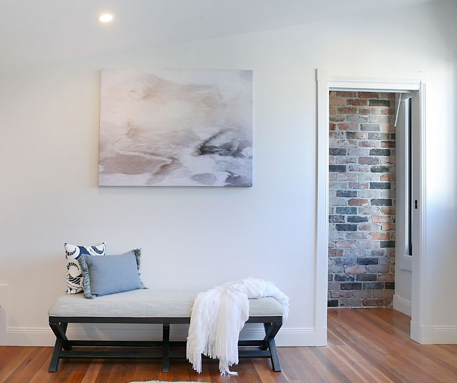 Renovate with Naomi Findlay - Doorway